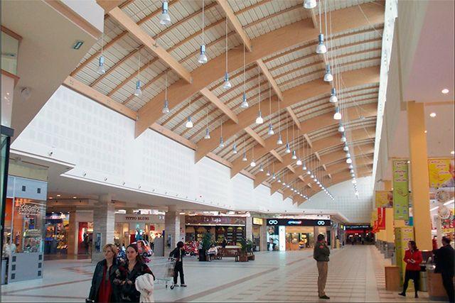 Centro Comercial en Etxabarri-Ibiña (Álava)