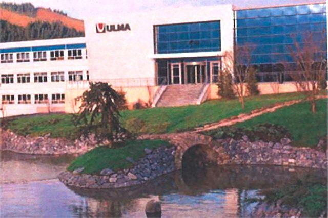 ULMA Hormigón Polímero Edificio de Oficinas en Oñati (Gipuzkoa)