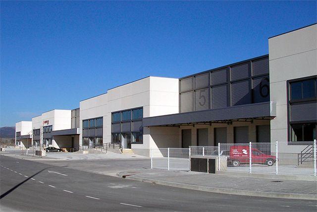 CTV - Pabellón y oficinas en el P.I. de Júndiz (�lava)